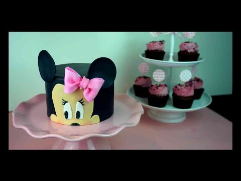 einfach mini maus fondant torte minimaus fondant torten. Black Bedroom Furniture Sets. Home Design Ideas