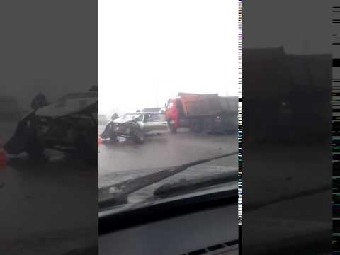 "В Волгограде столкнулись две маршрутки, ""восьмерка"" и КамАЗ"