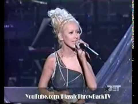 Christina Aguilera, Whitney Houston tribute complete