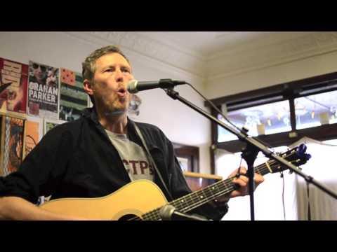 """Robbie Fulks """"White Honey"""" (Graham Parker cover) [Live at BSHQ]"""