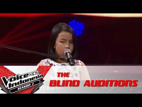 "Putri ""Secret Love Song"" | The Blind Auditions | The Voice Kids Indonesia Season 2 GTV 2017"
