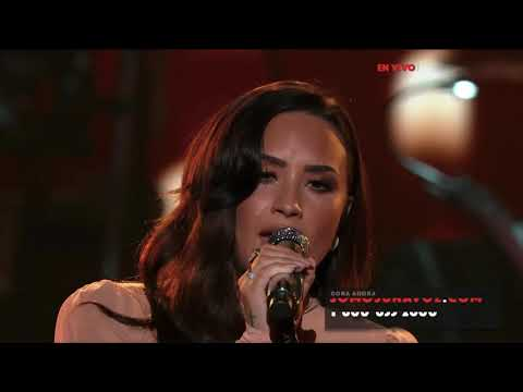 Demi Lovato - Hallelujah Live at SOMOS Live! - October 14