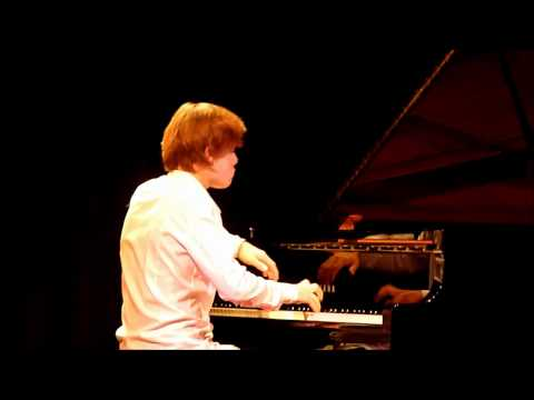 Melvil Chapoutot piano  14 ans concert : Mozart Copland Prokofiev Chopin