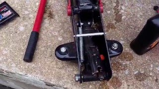 How to add or change Hydraulic fluid on Floor Jack