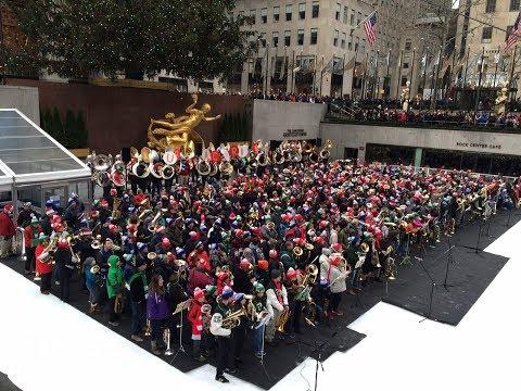 Tuba Christmas NYC 2017 | Rockefeller Center | Tuba Perspective