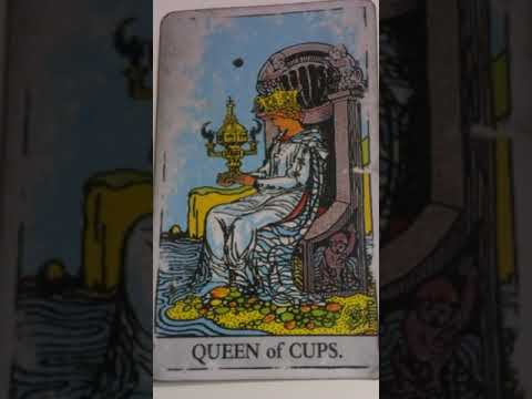 The Queen of Cups as Feelings in a Love Reading