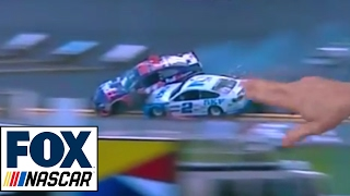 Repeat youtube video Breaking Down the Last Lap of the Clash | NASCAR RACE HUB