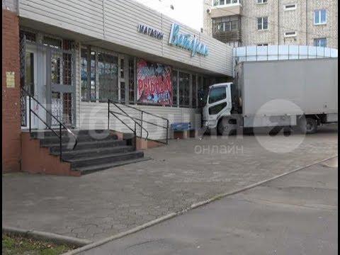 Сломанный грузовик наехал на своего хозяина в Хабаровске. Mestoprotv