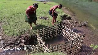 Унікальна пастка! Зробити рибальські пастки у воді сухий сезон - риби стрибати по воді