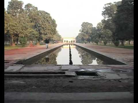 Mughal Architecture of Lahore 2010-Addiel Sabir .flv