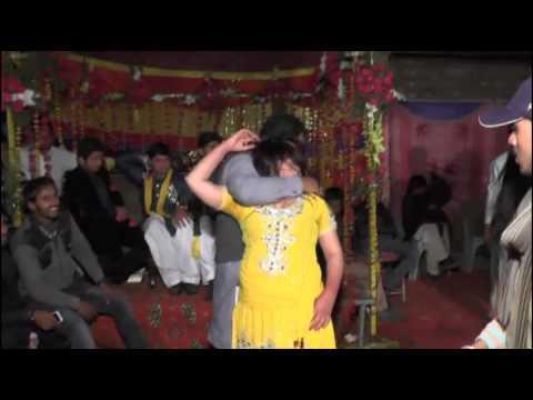 Mujra mehaddi ki raat Pakistan sialkot full songs: Malik Awais