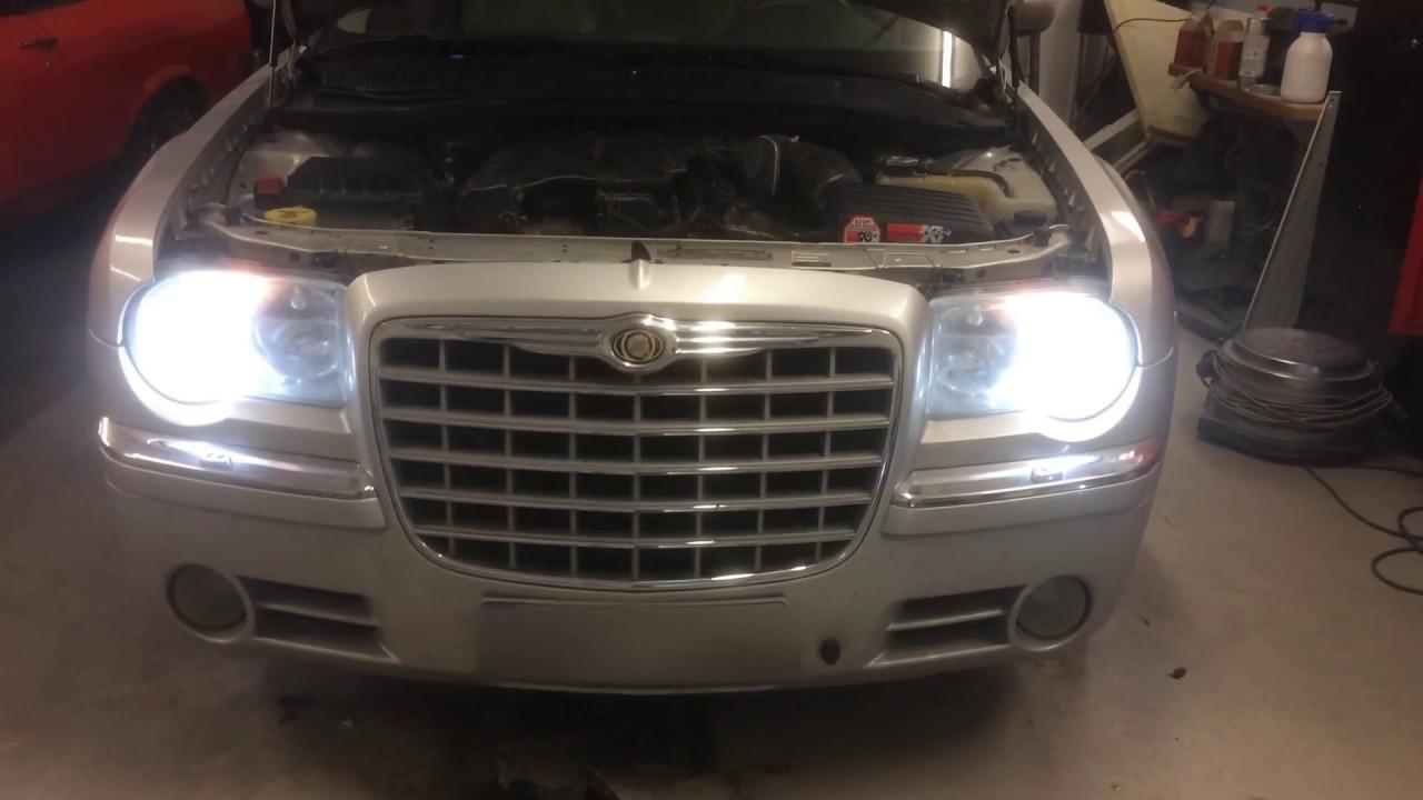 Chrysler 300 Flickering Headlights