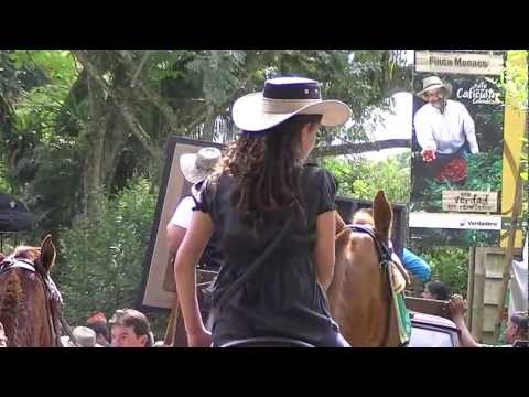 horse-riding-cordoba.-tourism-quindio-colombia,beautiful-landscapes-and-women-10.m2ts