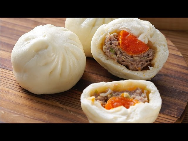 【楊桃美食網-3分鐘學做菜】蛋黃肉包(Steamed Buns With Pork & Salted Egg)