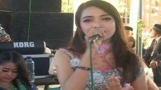 Download Egois Cover Album Putri Kristya  KMB Dangdut Gedruge Sragen Terbaru live Patigondo Mp3