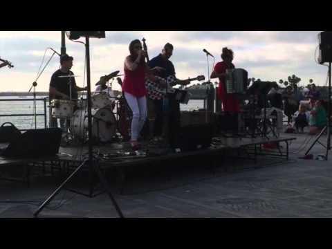 """The Vignatis """"All of Me"""" Gypsybilly Music @ Redondo Pier 2015"""