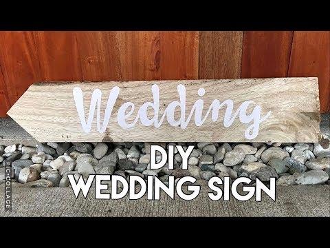 Hand Lettering on wood pallet | DIY