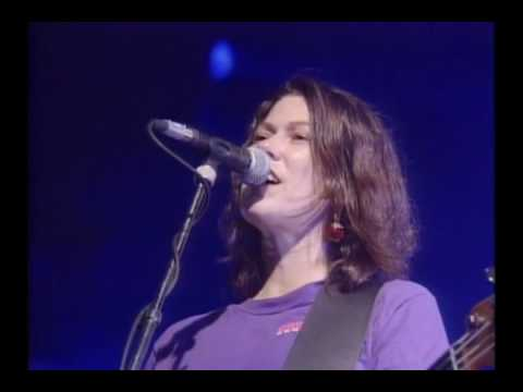 Pixies.- Monkey Gone To Heaven (Live At Brixton 1991) HQ