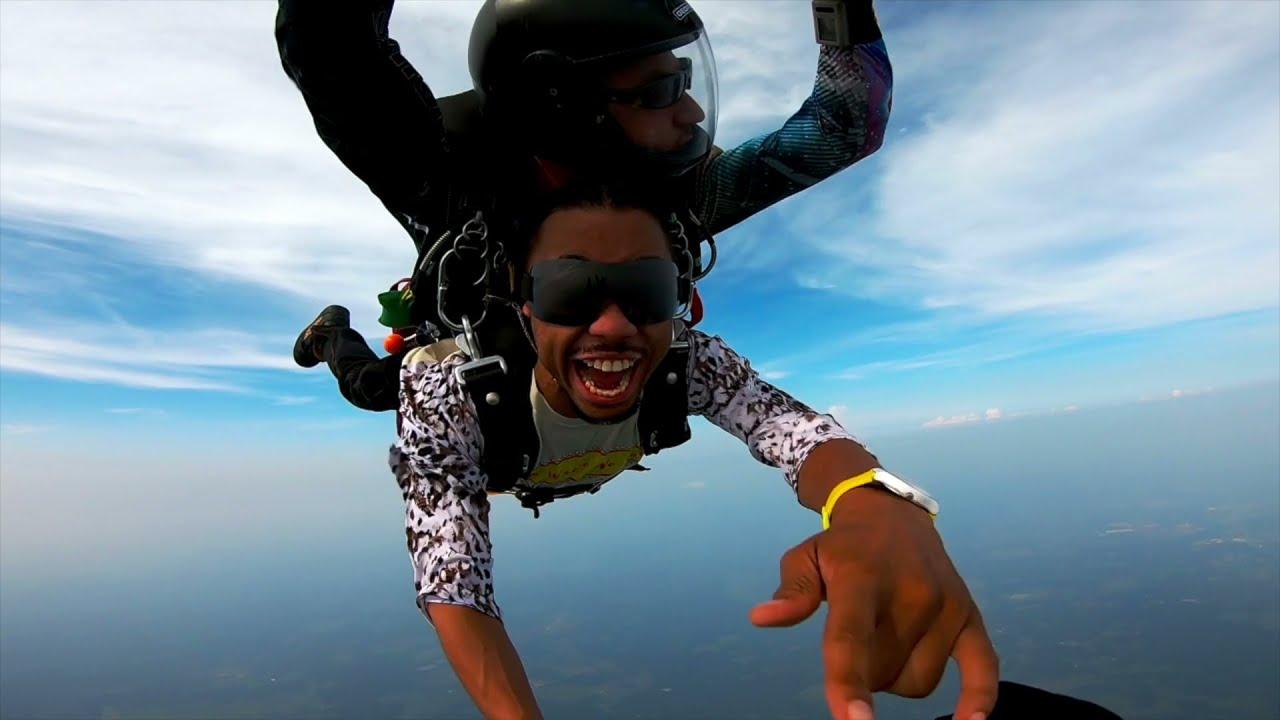Jebidiyah Ryder & Yungbans Go Sky Diving ft. Whensmokeclears