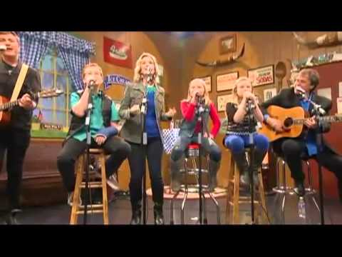 Martin Family Circus sings