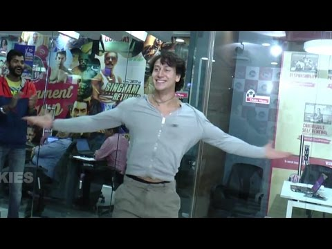 Tiger Shroff Opens Up About His Upcoming Dance Video 'Zindagi Aa Raha Hu Main'