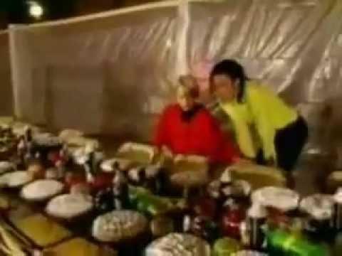 Michael Jackson And Macaulay Culkin - Joke About John
