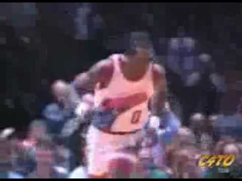 Orlando Woolridge was the show for the Sixers in 1994