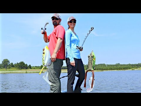 Husband Vs Wife Topwater Fishing Challenge!!