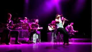 Hopelessly Devoted To You-Kelly Clarkson cover Las Vegas *HD Video*