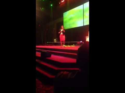 Koryn Hawthorne (ministering)
