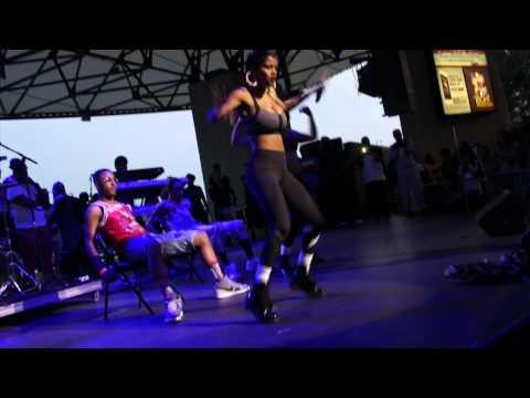 Teyana Taylor Gives Stewe A Personal Lap Dance At Summer Jamz 18