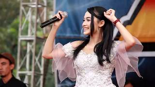 "Gambar cover ARLIDA PUTRI   Goyang Dua Jari - LENTERA ""DGT Family Pecalungan"" AGUSTUS 2018"