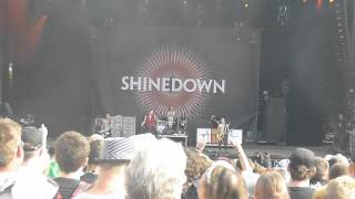 Live Shinedown - Bully Download Festival 2012