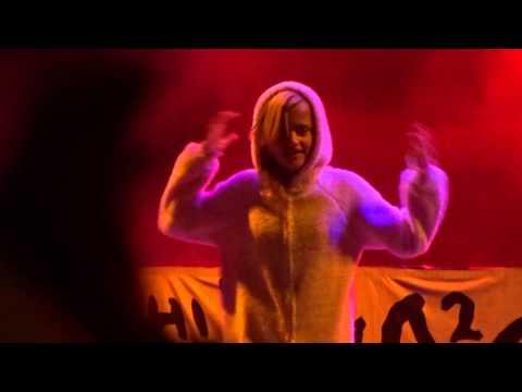 Die Antwoord Ninja daughter performing Weeknd Earned It Beach Goth day 2 2015