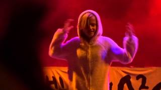 die antwoord ninja daughter performing weeknd earned it beach goth day 2 2015