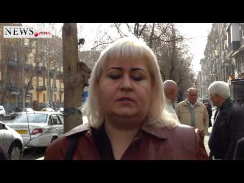 Cheated Armenian Citizen's Protest Action in Front of Artsakhbank