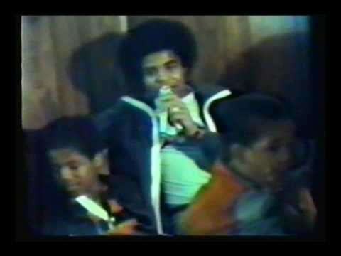 RARE- Young michael jackson and brother home movie
