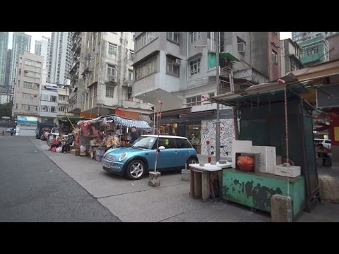 Walking tour streets in Tai Hang Hong Kong 香港 大坑 街景