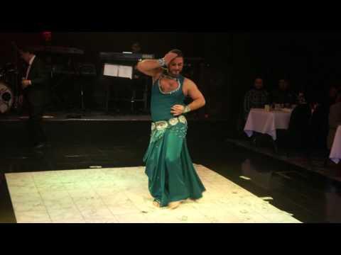 Azad Kaan of Turkey improvising at Juliana in Chicago, IL.  Zay el Hawa (It feels like love)