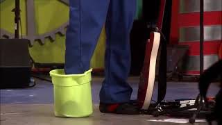 Imagination Movers - Brainstorming (Live)