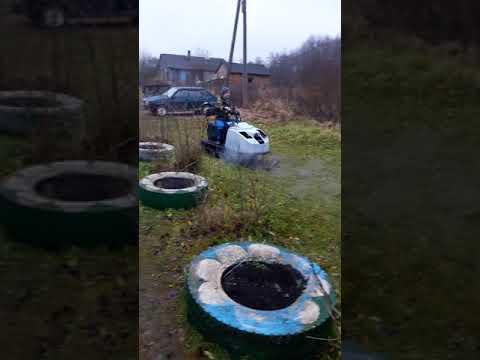Снегоход Буран с двигателем ваз 2109 (первые движения).