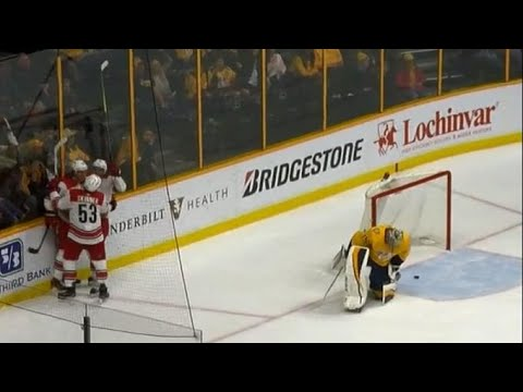Predators pull Rinne after barrage from Hurricanes