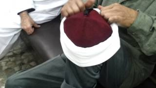 Tying a Tarboosh