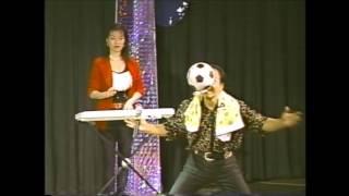 ザ・ラッキー(幸治・舞・優)のアクロバットジャグラーショー 1999年...