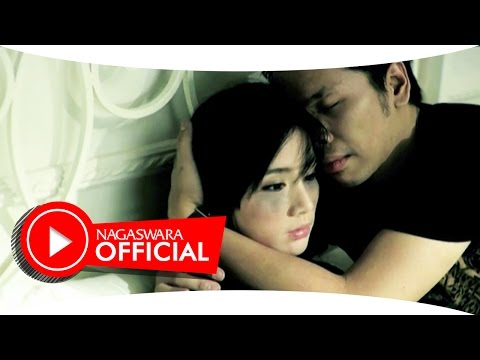 Kerispatih - Tak Lekang Oleh Waktu (Official Music Video NAGASWARA) #music