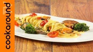 Spaghetti Con Broccoli E Frutti Di Mare / Primi Di Pesce