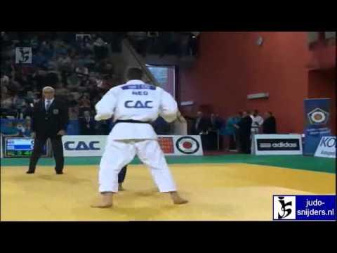Noel van t End (NED) - Kazbek Zankishiev (RUS) [-90kg] bronze