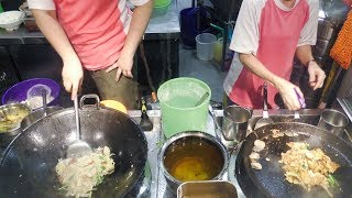 Fried Oyster Omelette, Stir Fried Noodles and More. Singapore Street Food