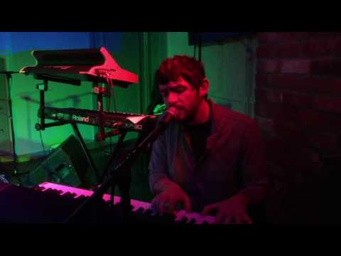 Conor Mason - On The Surface (live 10/03/17) Mp3