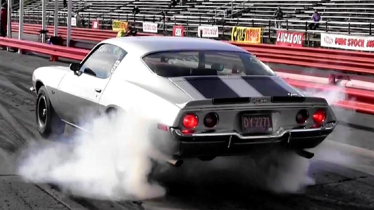 1e9b95b7ebe 1965 Corvette (L79) vs 1970 Camaro Z28 (LT1) 1 4 Mile Drag Race - Road Test  TV ® - YouTube